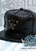 Кепка HATER лаковая, металлическое лого