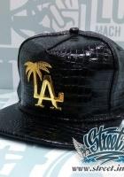 Кепка LOS ANGELES лаковая, металлическое лого